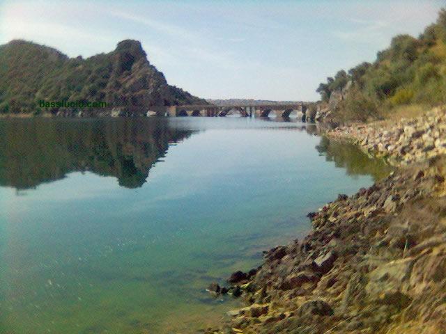 Gracias por esta maravillosa foto y alguna más de la entrada a www.basslucio.com